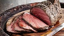 Roast beef, roast potatoes and Yorkshire puddings are one of our favourite combinations, and once you've cracked how to make the perfect beef joint, you will never look back. Roast Beef Recipes, Smoker Recipes, Grilling Recipes, Perfect Roast Beef, Beef Joint, Traeger Recipes, Sunday Suppers, Sunday Roast, Butter
