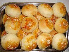 Aprenda de forma rápida uma ótima receita de Pão de Cebola de Liquidificador. O Pão de Cebola de Liquidificador é muito prático, macio e delicioso. Ele é pe