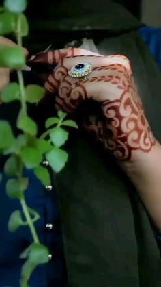 Modern Henna Designs, Latest Henna Designs, Basic Mehndi Designs, Back Hand Mehndi Designs, Mehndi Designs For Girls, Mehndi Designs For Beginners, Mehndi Design Photos, Mehndi Designs For Fingers, Dulhan Mehndi Designs