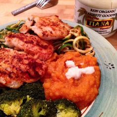 Paprika Hake Fillets + Carrot Butternut Cinnamon Vanilla & Chilli Mash with TIANA #coconut Goodness stirred in & extra on top www.tiana-coconut.com