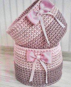 The most beautiful Crochet basket and straw models Crochet Home, Knit Or Crochet, Crochet Gifts, Easy Crochet, Crochet Baby, Youtube Crochet, Crochet Video, Tutorial Crochet, Crochet Basket Pattern