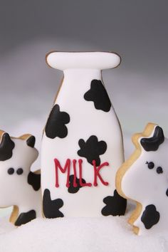 Happy Moo! - Milchkuh Milchflasche Kekse  from Zuckermariechen by DaWanda.com