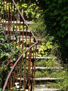 Old iron stair rail Front Porch Railings, Porch Doors, Stair Railing, Stairway To Heaven, Outside Stairs, Portugal, Garden Steps, Summer Dream, Secret Places