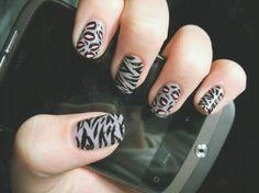 Leopardo gris y rosa