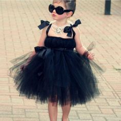 Breakfast at tiffanys party ideas kids girls tutu dresses 27 Ideas for 2019 Girls Tutu Dresses, Tutus For Girls, Little Girl Dresses, Kids Girls, Flower Girl Dresses, Flower Girls, Breakfast At Tiffany's Costume, Breakfast At Tiffanys Party Ideas, Halloween Costumes For Girls