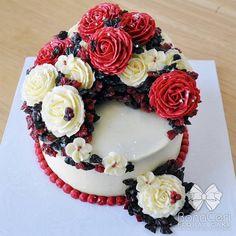 Floral/Flower Buttercream Cake 6: Crescent Style by BonaCeri