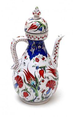mihrican Turkish Tiles, Turkish Art, Decoupage Vintage, Turkish Delight, Tile Art, Ceramic Artists, Porcelain Tile, Islamic Art, Teapots