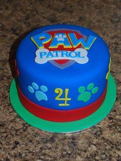 ideas para un cumpleaños de paw patrol cake decorating recipes kuchen kindergeburtstag cakes ideas Paw Patrol Party, Bolo Do Paw Patrol, Torta Paw Patrol, Paw Patrol Birthday Cake, 3rd Birthday Cakes, Boy Birthday, Birthday Ideas, Paw Patrol Cupcakes, Snowflake Wedding Cake
