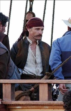 "5.jpg - American actor Viggo Mortensen seen on set of the movie ""Alatriste"" directed by Agustin Diaz Yanes in Cadiz, Spain April 13th 2005."