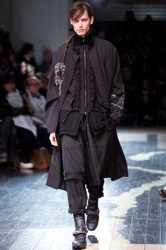 Yohji Yamamoto Fall/Winter 2016-2017 Menswear Fashion Show