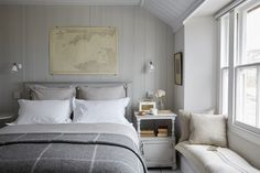 Stylish Mousehole harbour cottage, The Herringbone Loft Mousehole