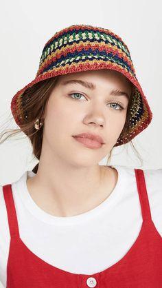 Anna Wintour Says These Are the 8 Biggest Trends of 2020 Crochet Designs, Crochet Patterns, Sombrero A Crochet, Knit Crochet, Crochet Hats, Copenhagen Fashion Week, Anna Wintour, China Fashion, Fashion Fashion
