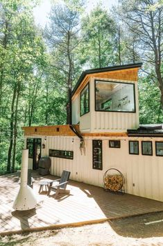 Tiny House Cabin, Tiny House Living, Tiny House Plans, Container House Design, Tiny House Design, Container Cabin, Container Homes, Architecture Design, Cabin In The Woods