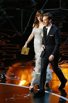 2014 ACADEMY AWARDS (March 2, 2014) ~ Benedict Cumberbatch & Jennifer Garner walk on stage as Oscar presenters.