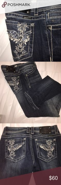 Miss Me skinny jeans EUC inseam 32 inches. For anyone with school dress codes, you will be happy to know that these jeans do not have any holes! Miss Me Jeans Skinny