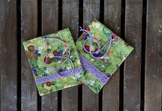 Set: 2 cotton fabric gift bags with laces. Bags with cotton