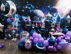 Glow Party, I Party, 18th Birthday Party, Happy Birthday, Birthday Balloon Decorations, Bat Mitzvah, Wedding Themes, Party Planning, Balloons