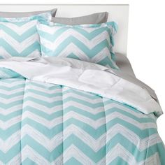 REALLY love this bedding so want it for my room from target!
