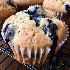 If you've been searching for the perfect blueberry muffins recipe, search no further. Today I am sharing an awesome bakery-style blueberry muffins recipe that is simple to make and will have family and friends raving, Banana Crumb Muffins, Blueberries Muffins, Wacky Cake, Shredded Chicken Tacos, Best Bakery, Tacos And Burritos, Corn Cakes, Crazy Cakes, Cake Recipes
