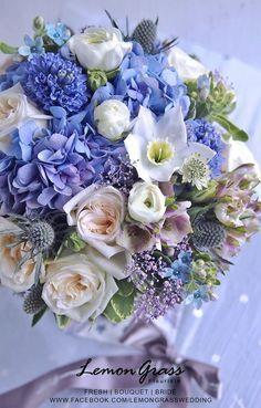 Beautiful Flower Arrangements, Fresh Flowers, Floral Arrangements, Beautiful Flowers, Deco Floral, Arte Floral, Flower Images, Flower Art, Floral Bouquets