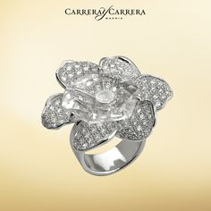 The Gardenia flower is the source of inspiration for this iconic collection. The spectacular Gardenias ring features music, sensuality and nostalgia. It's certainly a piece full of emotion. Tender and romantic this ring is the perfect jewelry piece to complete any bride´s look. #carreraycarrera #gardenias  #jewelry #jeweloftheday #jewels #joyas #diamonds #gems #gemstones #bridal #bridaljewelry