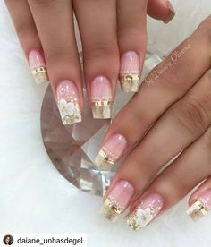 Unhas Arrasadoras ✨ Nao Sei in 2020 Fancy Nail Art, Fancy Nails, Pink Nails, Cute Nails, Pretty Nails, Gel Nails, Acrylic Nails, Classy Nails, Stylish Nails