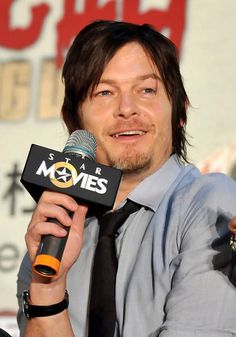 Twitter / StalkingReedus: I love Norman's fangs.