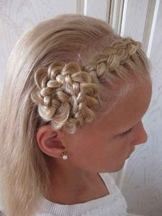 Flower girl hair.. Hmmm maybe