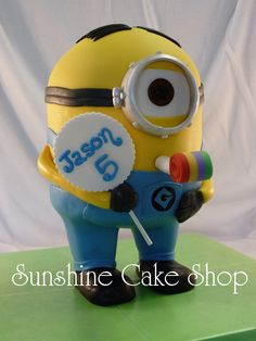 Standing Minion - My son wanted a one-eyed minion for his birthday cake.