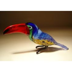Glass Toucan $23.95 http://www.glasslilies.com/108-glass-toucan.html #Glass #Toucan #Bird #GlassArt #BlownGlass #Figurine #Gifts #Tropical