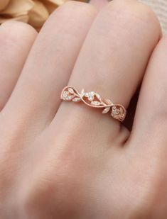 Oval Moissanite Engagement Ring set Rose gold engagement ring curved wedding band Cluster Bridal Jewelry Promise Anniversary gift for women - Fine Jewelry Ideas Pretty Rings, Beautiful Rings, Gorgeous Gorgeous, Pretty Wedding Rings, Matching Wedding Rings, Accesorios Casual, Art Deco Ring, Ring Verlobung, Leaf Ring