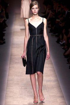 Những chiếc váy LBD nổi bật nhất Xuân – Hè 2013 | Báo điện tử Kiến thức