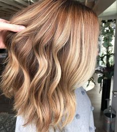 """Cider and Spice is the """"hot"""" new hair color for winter, and it's deliciously gorgeous"""