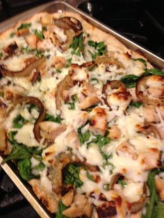 Chicken Fajita Pizza- spread Alfredo sauce on crust, then fresh spinach, Mozzetta and / or Pepper Jack cheese, chicken (I use the frozen bag, but microwave it for 2 mins), and onion (if preferred).  Awesome, easy, and less than 500 calories when shared with a friend!