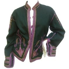 Preowned Exotic Embroidered Green Wool Jacket C 1970s ($295) ❤ liked on Polyvore featuring outerwear, jackets, green, green jacket, wool collar jacket, collar jacket, green wool jacket and button jacket