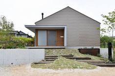T's lab一級建築士事務所/愛知県、名古屋市、尾張旭市、設計事務所 Minimal Home, Entrance Doors, Architect Design, Home Deco, Exterior Design, Facade, Minimalism, Home And Family, Sweet Home