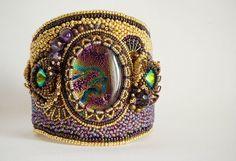 """Браслет """"Владычица Зари"""" - золотой,фиолетовый,зеленый,сиреневый,браслет"""