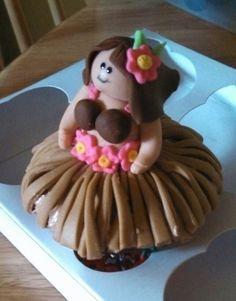 Hula Girl Cupcakes