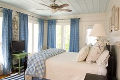 beach cottage bedroom - check out the ceiling. Like the ceiling fan too.