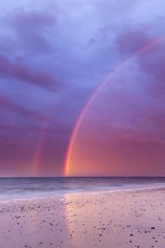 "te5seract: ""  Rainbow by Gail Sparks """