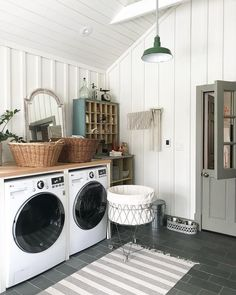 Modern Farmhouse Laundry Room, vaulted ceiling with shiplap, vertical wainscoting on the wall, and laundry countertop. Lots of interesting details in this laundry room Laundry Decor, Laundry Room Organization, Laundry Room Design, Laundry Area, Laundry Sorter, Basement Laundry, Bathroom Laundry, Basement Kitchen, Small Laundry