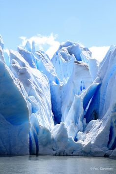 Got to admit, when we think Chile, we don't always think of glaciers. But man oh man. What a glacier. Patagonia, Beautiful World, Beautiful Places, Photos Voyages, Nature Pictures, Amazing Nature, Beautiful Landscapes, Wonders Of The World, Mother Nature