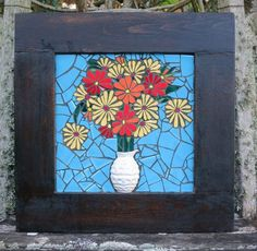 Nikki Murray-Mason, a mosaic artist, specialising in flower mosaics, based in Bermuda. Mosaic Flowers, Stained Glass Flowers, Tile Art, Mosaic Art, Mosaic Garden, Mosaic Crafts, Quilt Patterns, Diy And Crafts, The Incredibles