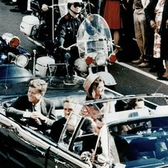 """A journalist researching the JFK assassination suddenly, mysteriously died the same exact way Marilyn Monroe died. 