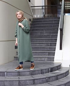 Chic Ways to Wear Tunic For Hijab Outfit - Hijab- Hijab Style Dress, Modest Fashion Hijab, Modern Hijab Fashion, Street Hijab Fashion, Casual Hijab Outfit, Hijab Fashion Inspiration, Islamic Fashion, Hijab Chic, Muslim Fashion