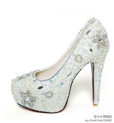 These remind me of the shoes that are given to Alli (Christina Aguilera) in the movie-Berlesque. They aren't the exact shoes, but still!! SUPER CUTE!!!!!!!!