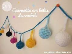 Guirnalda con bolas de Navidad de crochet | Aprender manualidades es facilisimo.com
