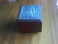 Caja de MDF con angelito repujado
