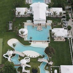 Celine Dion Selling Her Waterpark House In Florida