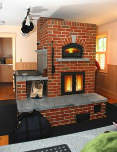 Custom Heater, Bake Oven & Cookstove -- would love to have this as a summer kitchen! Wood Burning Heaters, Stove Heater, Cooking Stove, Stove Fireplace, Rocket Stoves, Summer Kitchen, Home Interior, My Dream Home, Home Projects